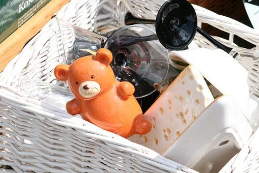 flea-market-1466588__340